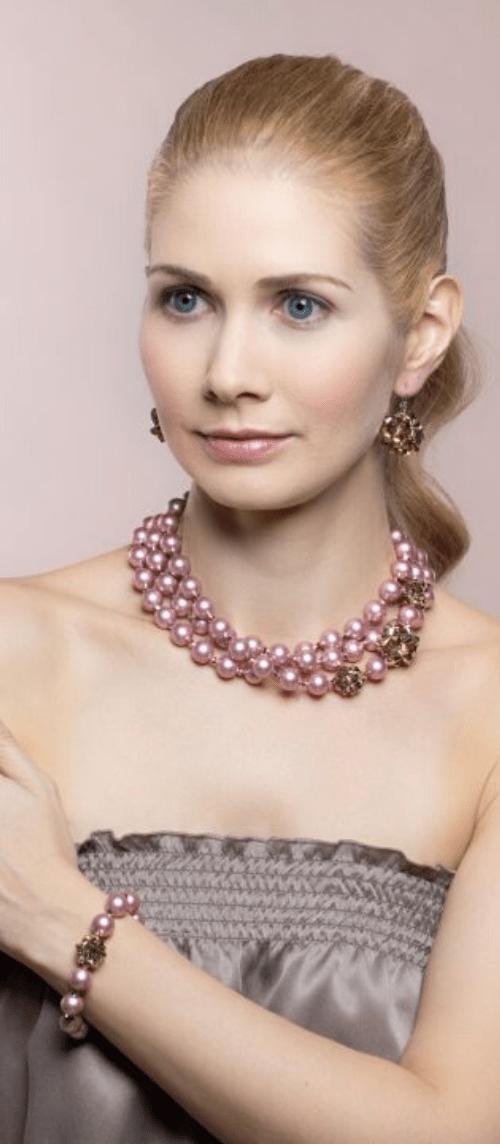 Ružovo-zlatý náhrdelník Daisy