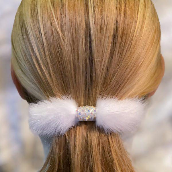 Biela spona do vlasov s norkou